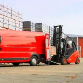 Transport produktów i materiałów do klienta